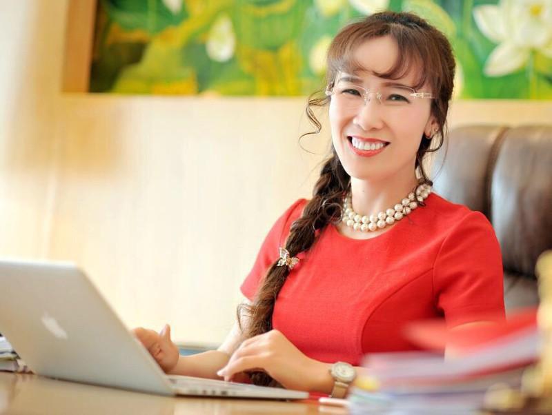 Nữ tỉ phú tự thân truyền cảm hứng trong cộng đồng khởi nghiệp - Ảnh 1.