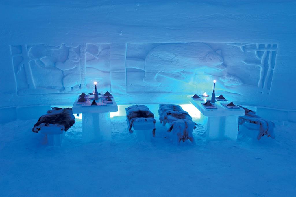 Nhà hàng dưới nước và những quán ăn độc lạ khắp thế giới - Ảnh 6.