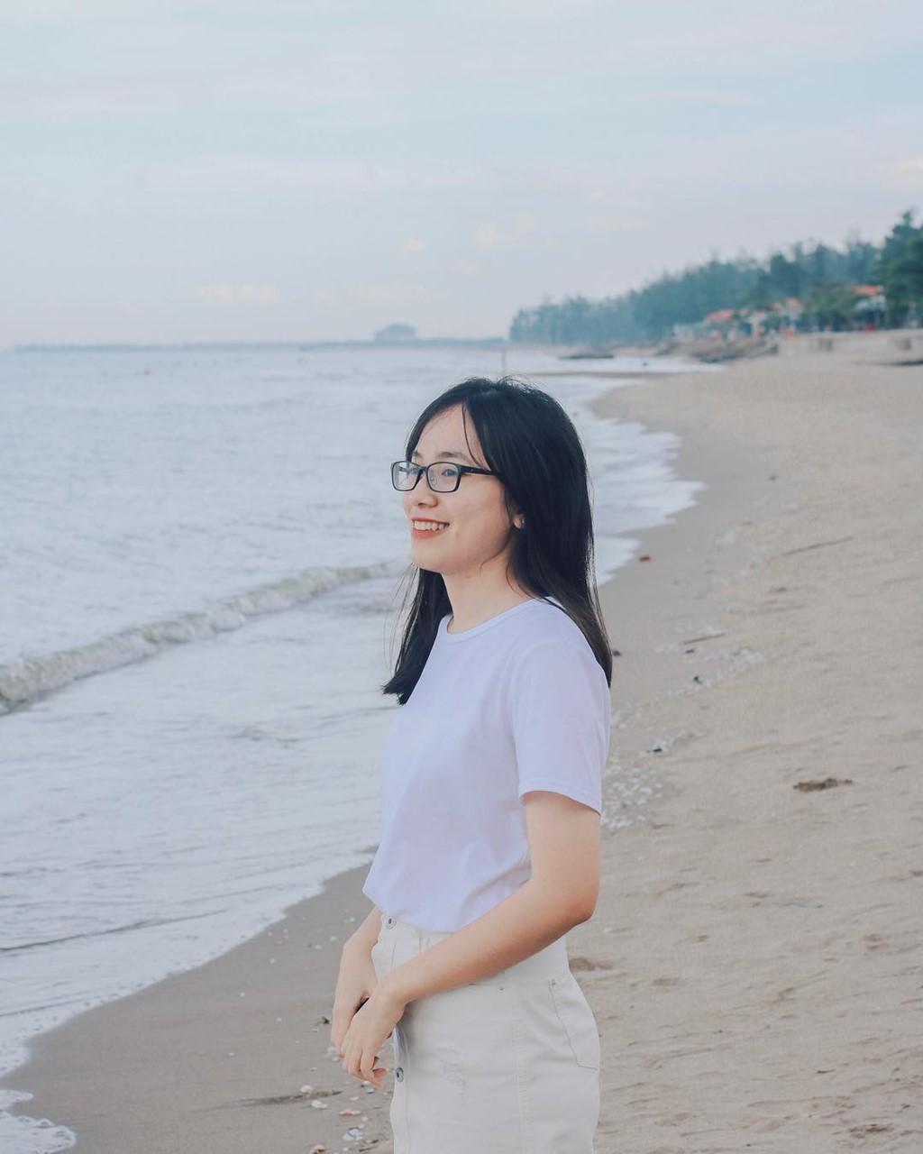 Bien Cua Tung dep hoang so hut gioi tre den Quang Tri hinh anh 5