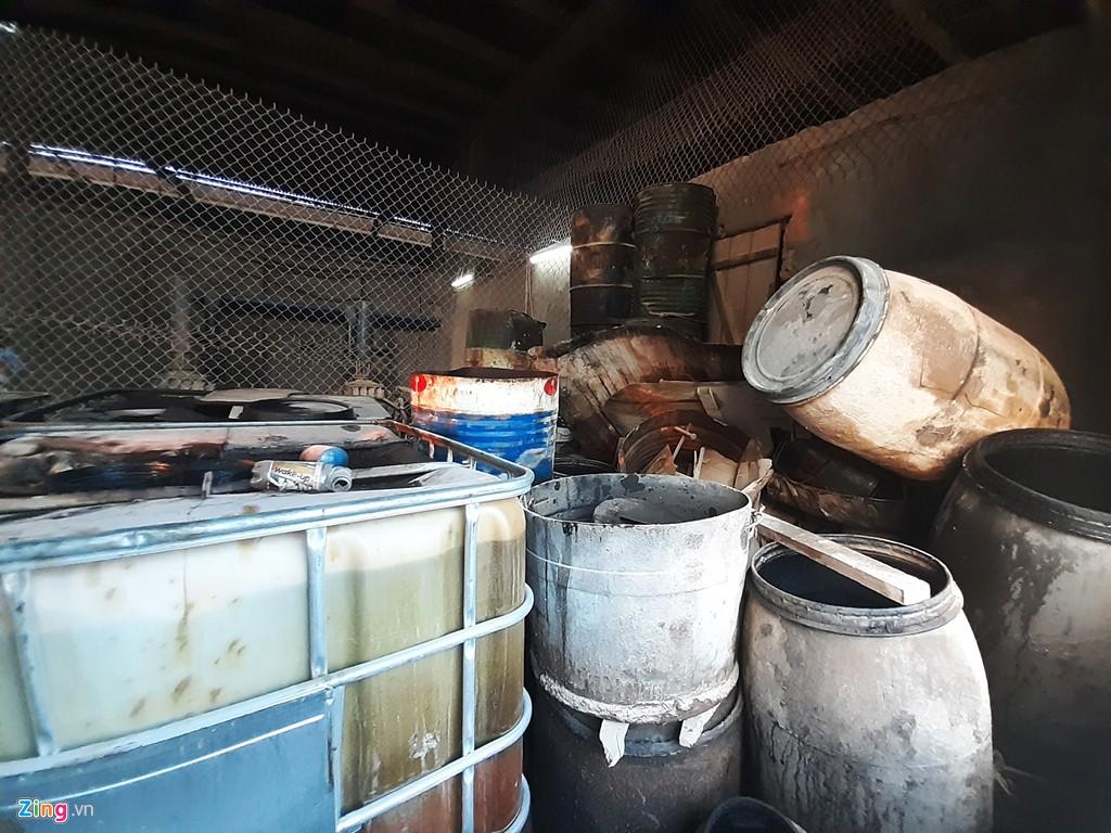 Kho chứa dầu thải của công ty gốm sứ Thanh Hà - Ảnh 7.