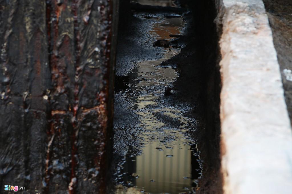 Kho chứa dầu thải của công ty gốm sứ Thanh Hà - Ảnh 8.