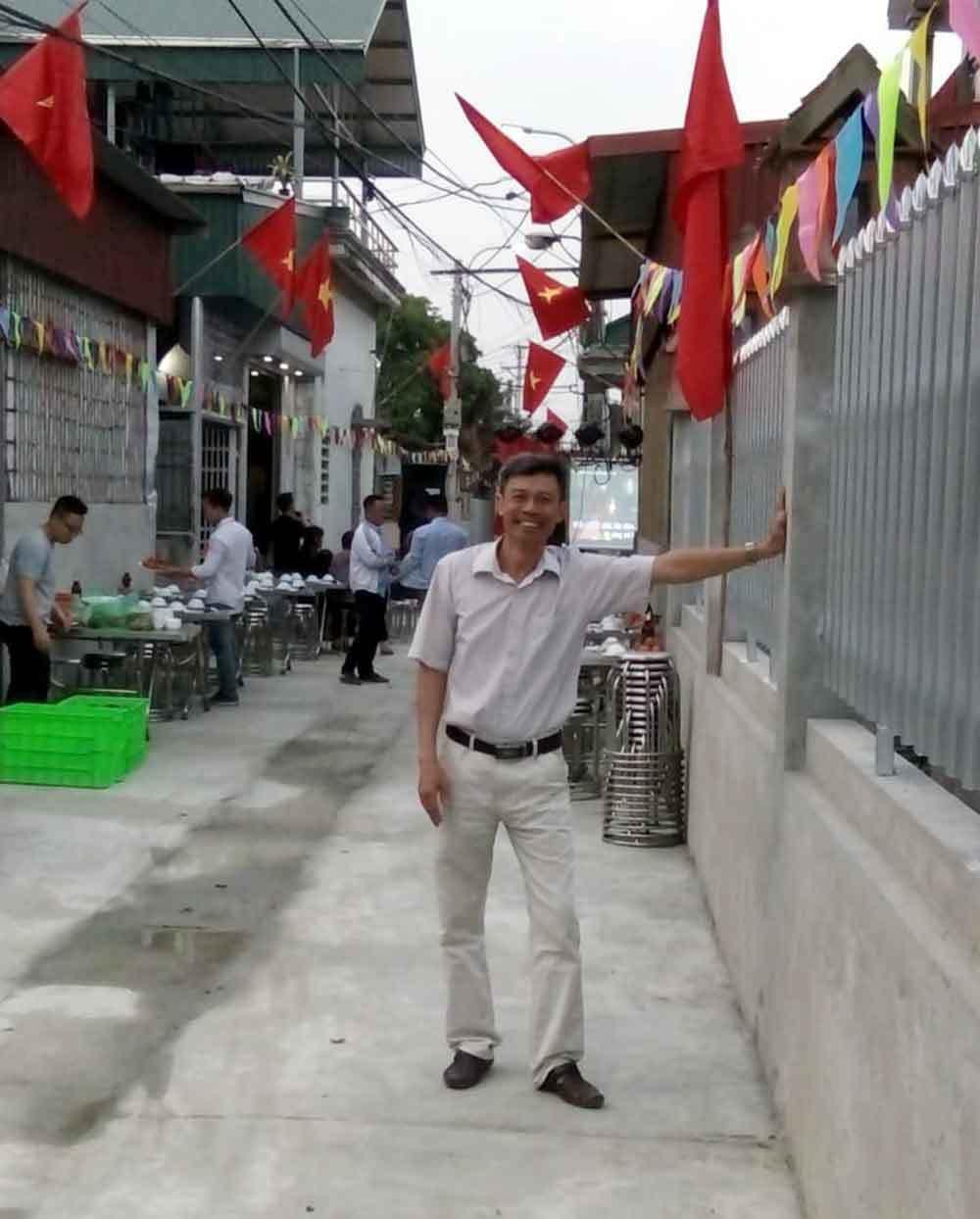 Người đàn ông Hà Nội hiến đất hàng trăm triệu xây đường - Ảnh 3.