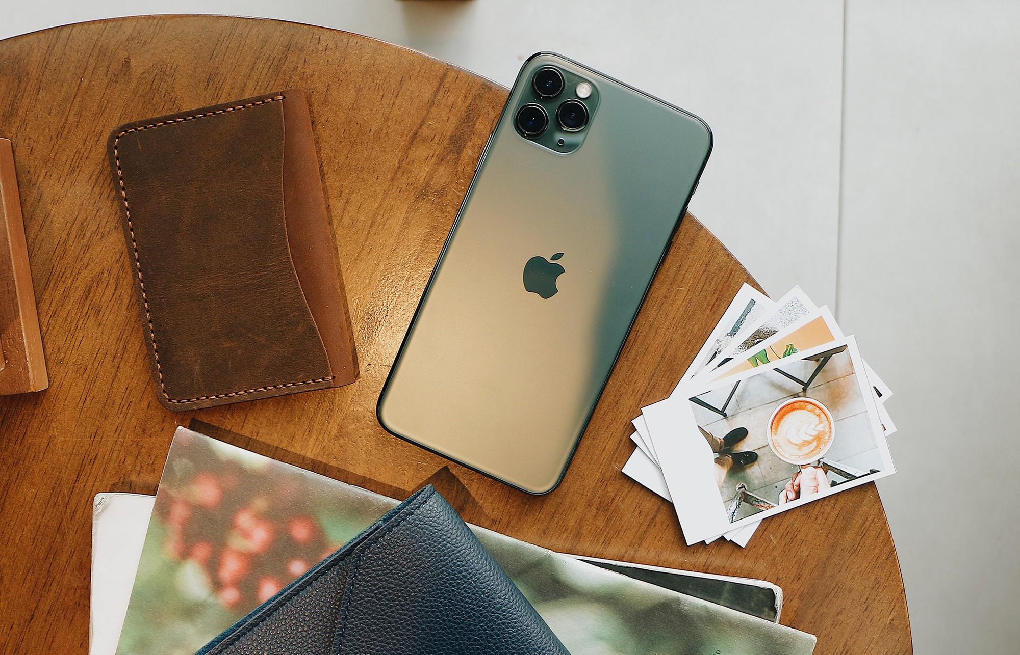 iphone-11-chinh-hang-nhan-luong-dat-hang-khung-1