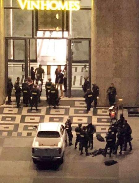 Chủ doanh nghiệp khống chế con tin trong tòa nhà Landmark 81 - Ảnh 1.