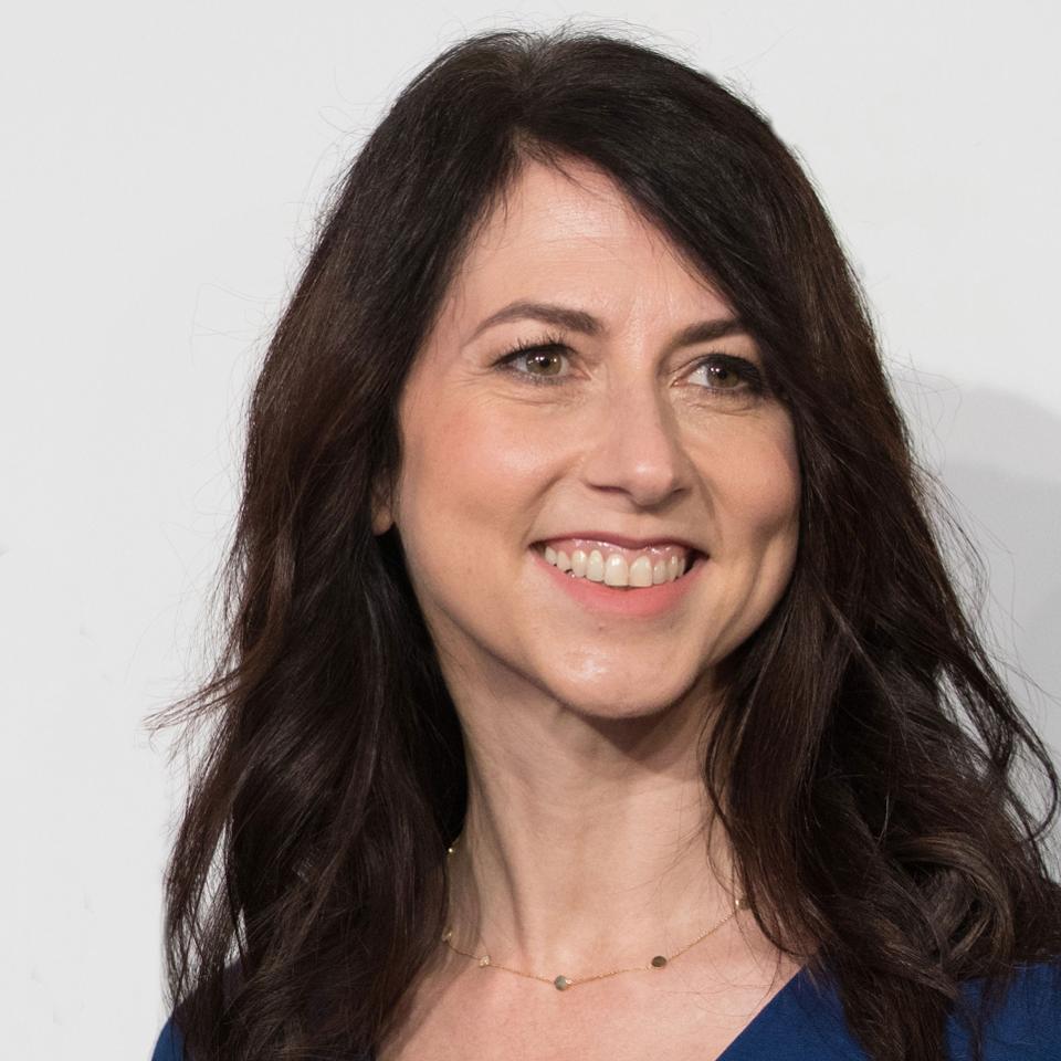 Vợ cũ của ông chủ Amazon, Jeff Bezos, lần đầu góp mặt trong danh sách người giàu nước Mỹ - Ảnh 2.