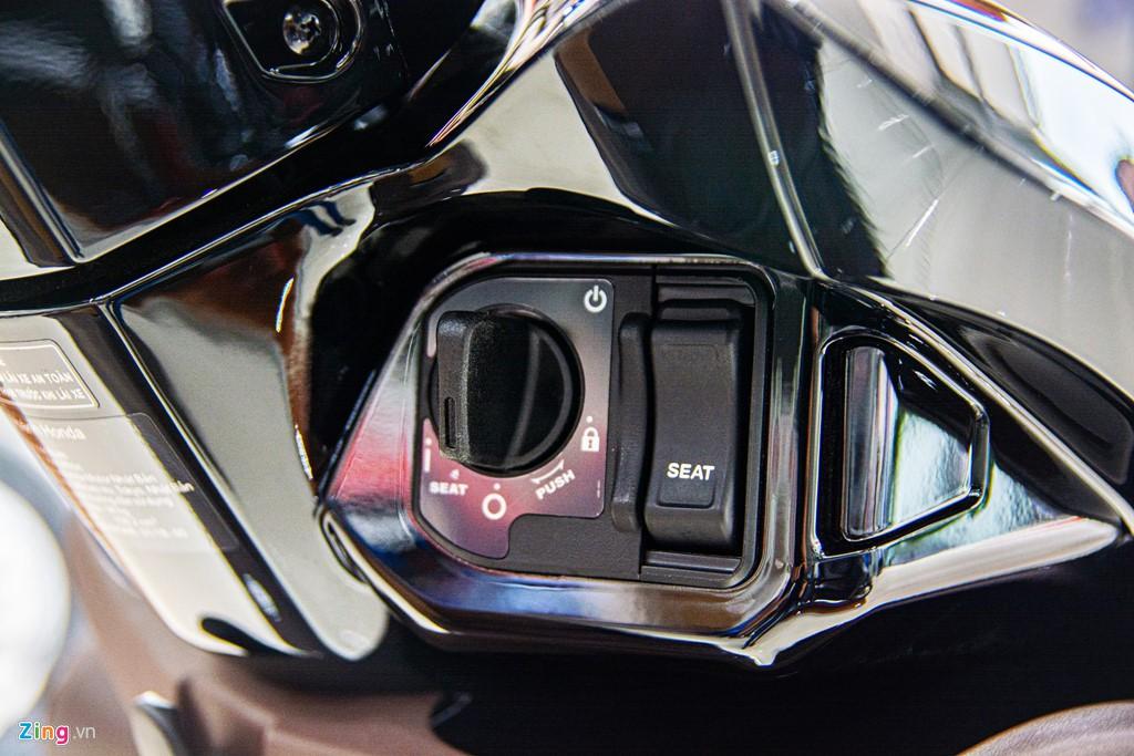 Honda Vision phiên bản mới về đại lí, chênh giá hơn 2 triệu - Ảnh 3.