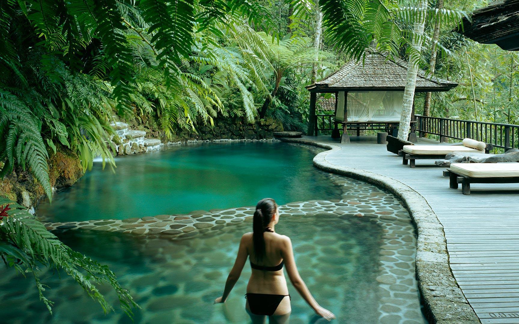 Ngoài Bali, Maldives, đâu là những hòn đảo nhất định phải đến trong năm 2020?