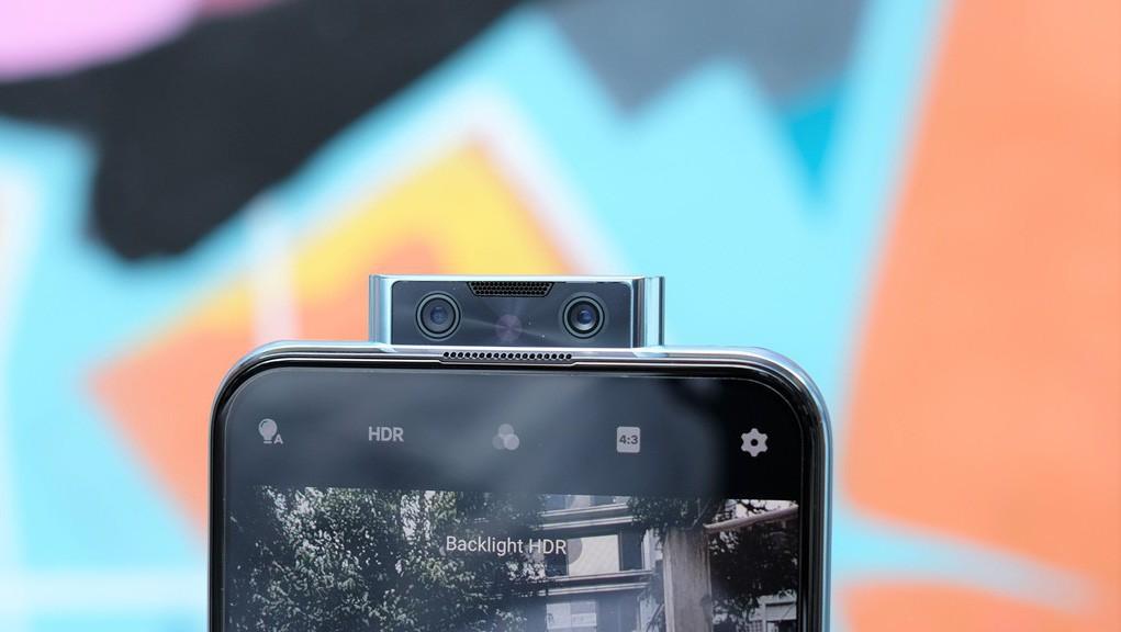 mua-dien-thoai-chup-hinh-tang-phai-dep-nen-uu-tien-chon-smartphone-nhieu-camera-4