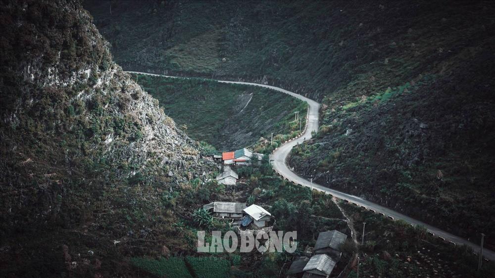 Ngoài Mã Pì Lèng, đây là những địa điểm không thể bỏ qua khi đến Hà Giang - Ảnh 1.