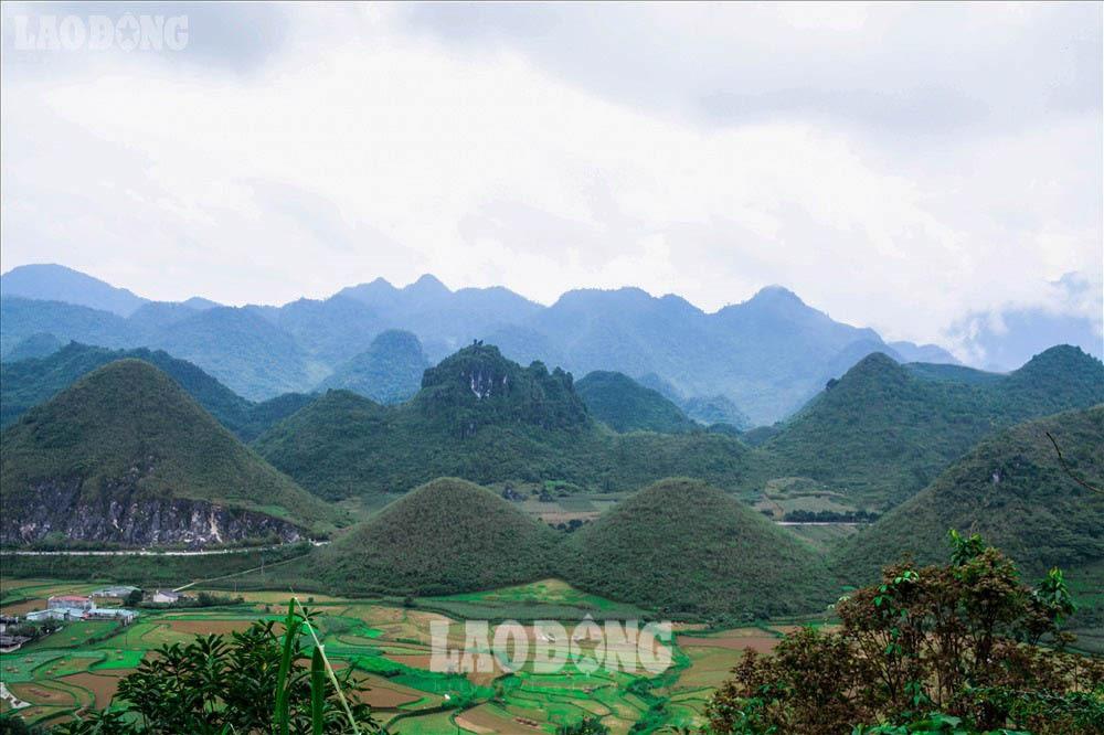 Ngoài Mã Pì Lèng, đây là những địa điểm không thể bỏ qua khi đến Hà Giang - Ảnh 3.