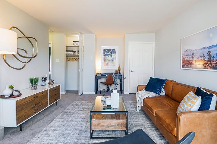 Runnemede_apartment-Livingroom-3