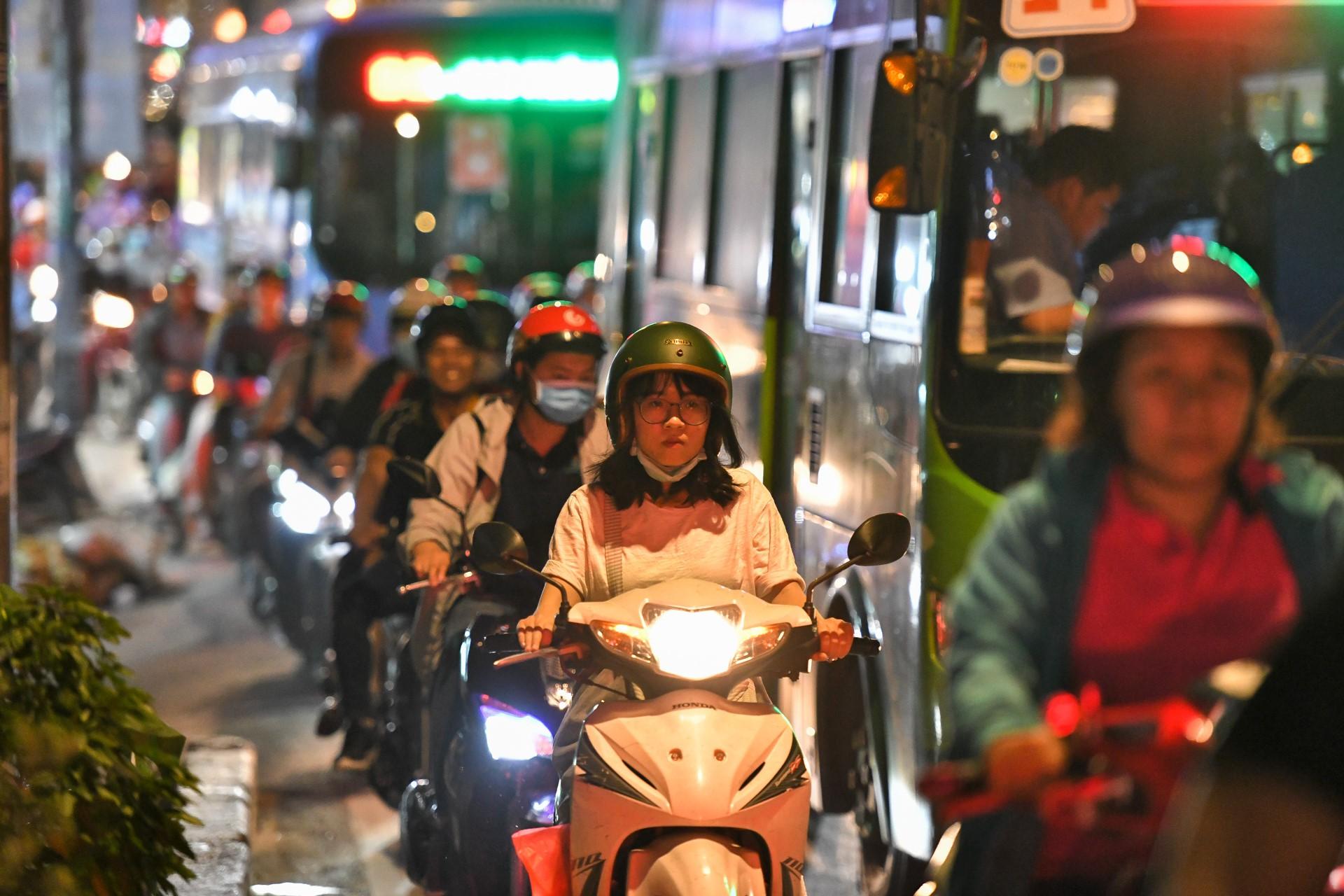 'Con đường dài nhất TP HCM' với gần 600 lần ùn tắc trong 8 tháng - Ảnh 3.