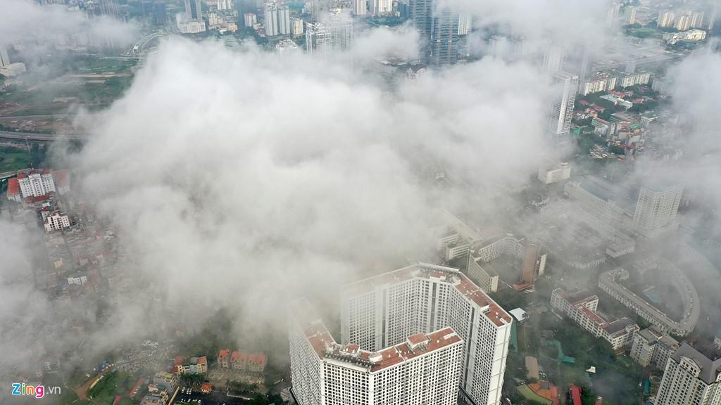 Mây quanh tòa nhà cao nhất Hà Nội sau khi không khí tốt đột biến - Ảnh 5.