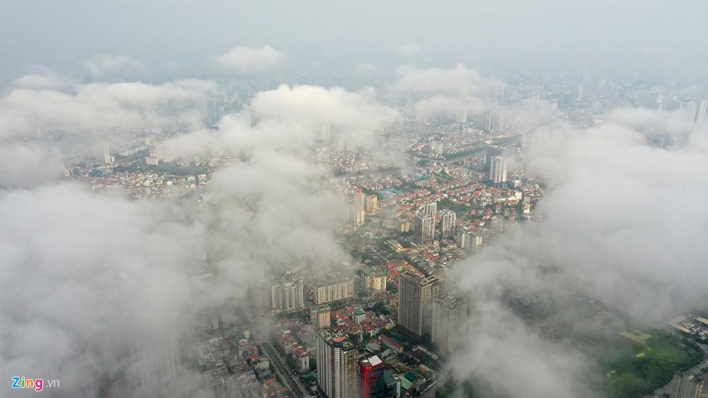 Mây quanh tòa nhà cao nhất Hà Nội sau khi không khí tốt đột biến - Ảnh 7.