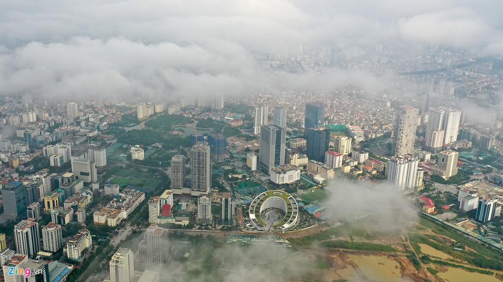 Mây quanh tòa nhà cao nhất Hà Nội sau khi không khí tốt đột biến - Ảnh 8.