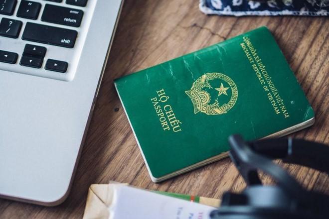Hãng tư vấn xếp Việt Nam gần nhóm 10 quốc gia có hộ chiếu 'yếu' nhất