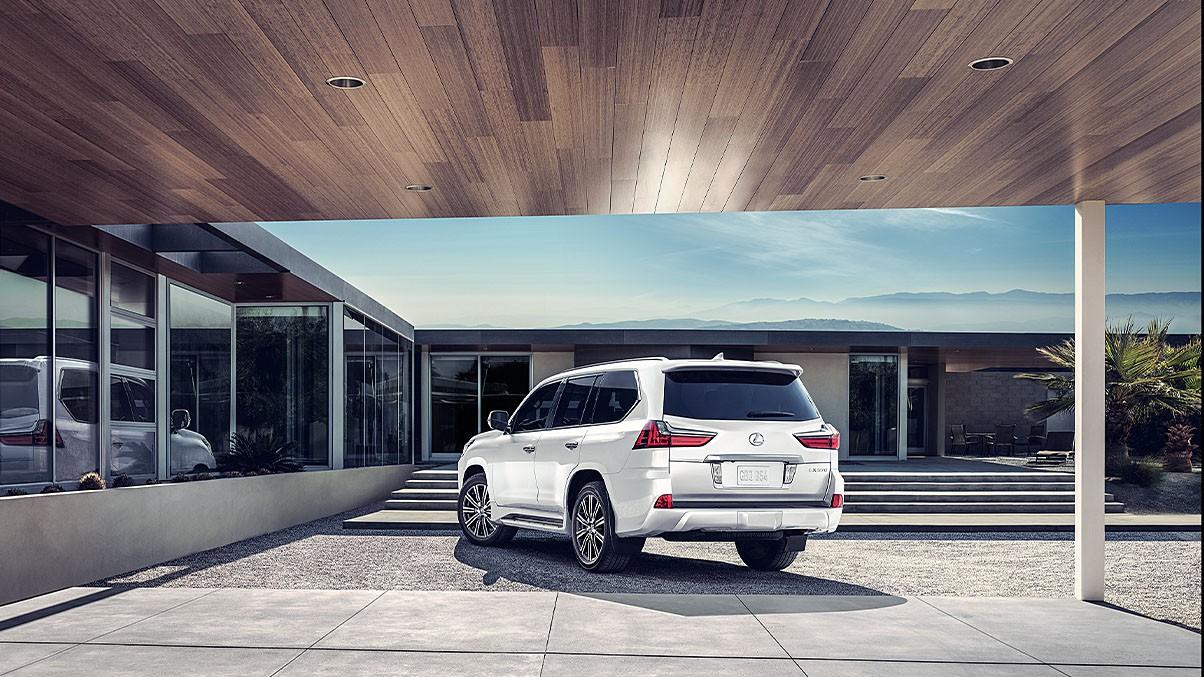 Lexus-LX-570-Eminent-White-gallery-overlay-1204x677-LEX-LXG-MY18-0017