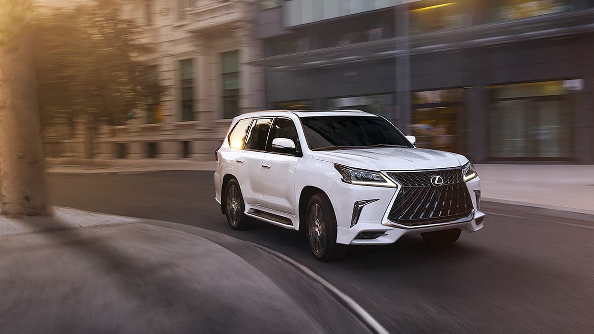 Lexus-LX-570-sport-package-gallery-overlay-1204x677-LEX-LXG-MY20-000101_M75