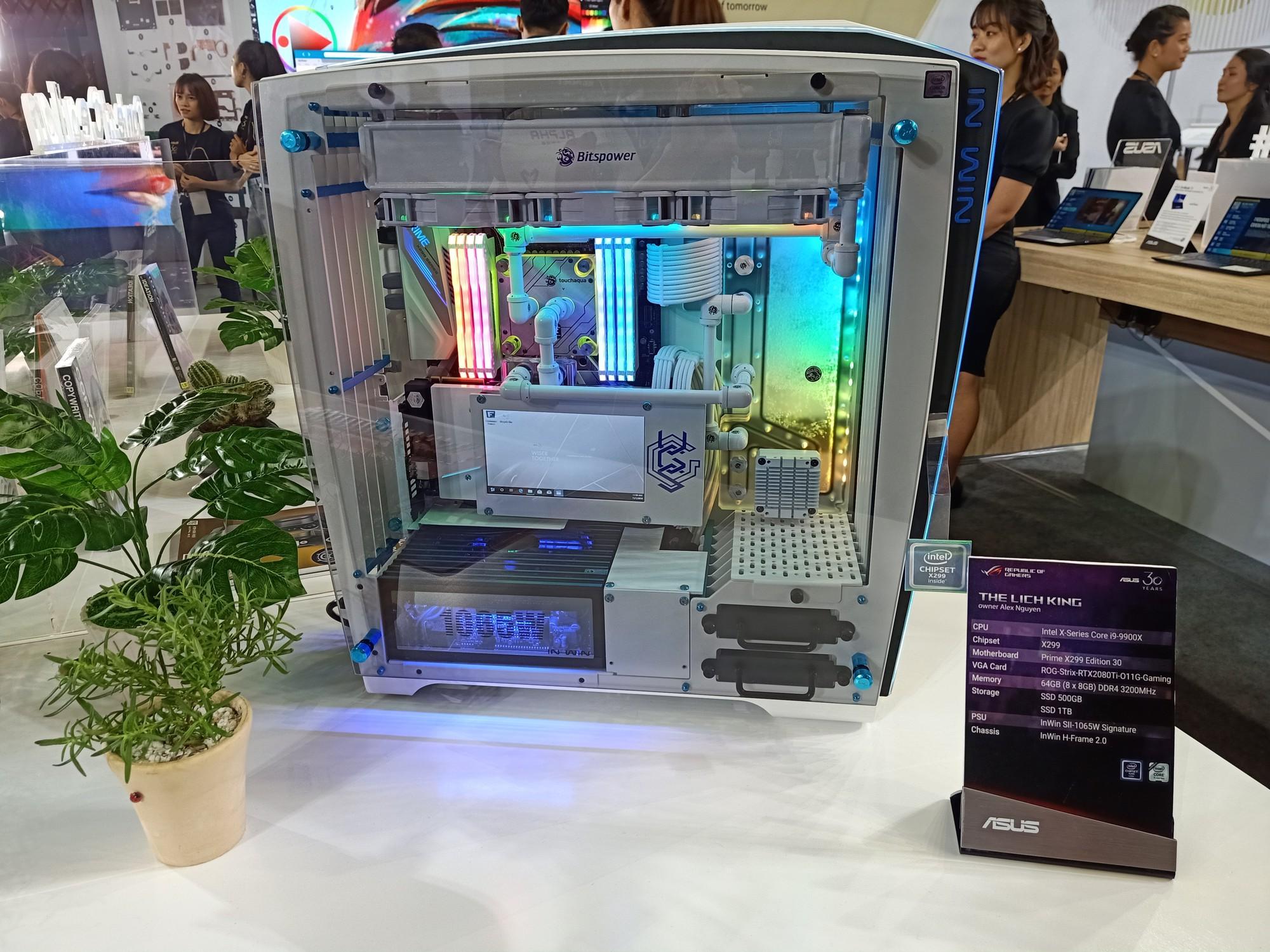 Nhung-san-pham-doc-dao-tai-trien-lam-Asus-Expo-2019 7