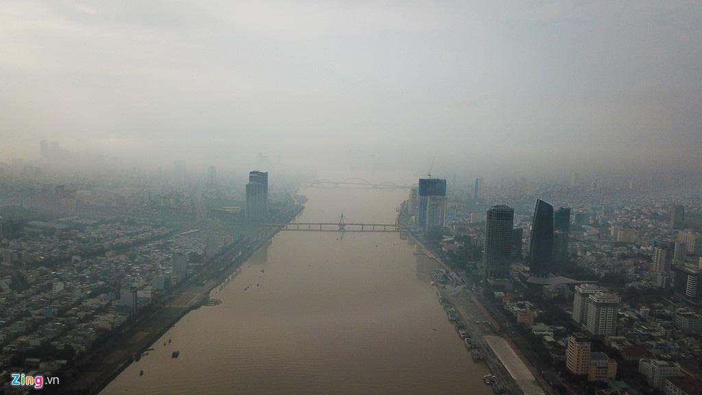 Đà Nẵng ẩn hiện trong sương mù - Ảnh 2.