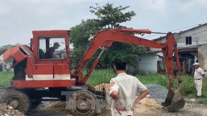 'Chiêu thức' mới xây nhà trái phép trên vùng dự án ga đường sắt Đà Nẵng - Ảnh 2.