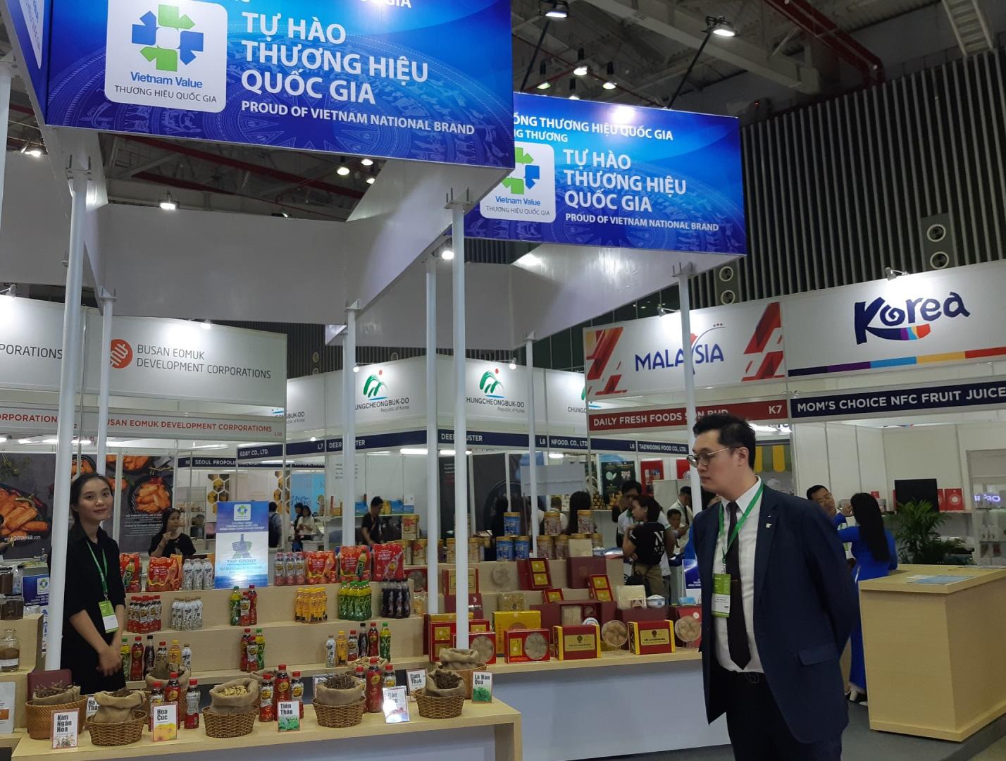 Tân Hiệp Phát tham gia gian hàng Thương hiệu quốc gia Việt Nam tại triển lãm Vietnam Foodexpo 2019 - Ảnh 3.
