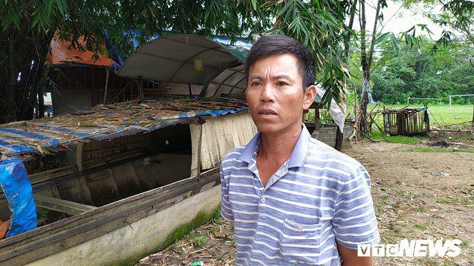 Khu tái định cư hàng chục tỉ đồng xây 10 năm chưa xong, dân làng chài ngao ngán dựng nhà tạm ven sông - Ảnh 3.