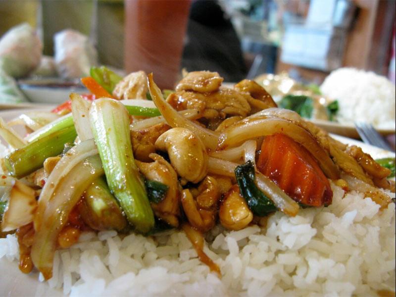 7 món ăn nhất định phải thử khi tới Thái Lan - Ảnh 5.