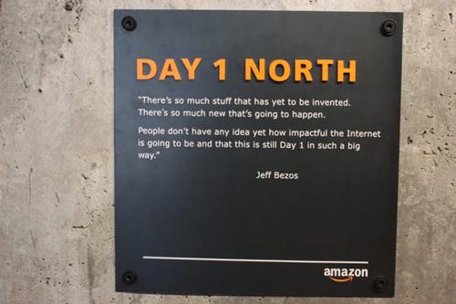 Tôn chỉ của Jeff Bezos và Amazon - Ảnh 1.