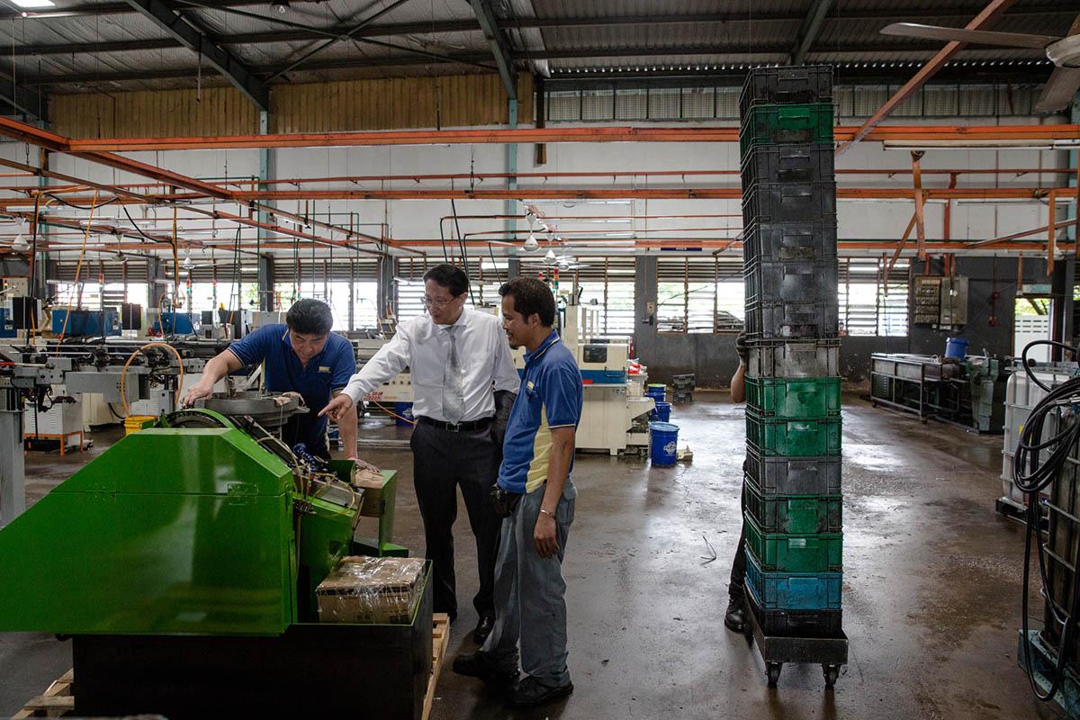MALAYSIA TECH PRODUCTION RESIZE