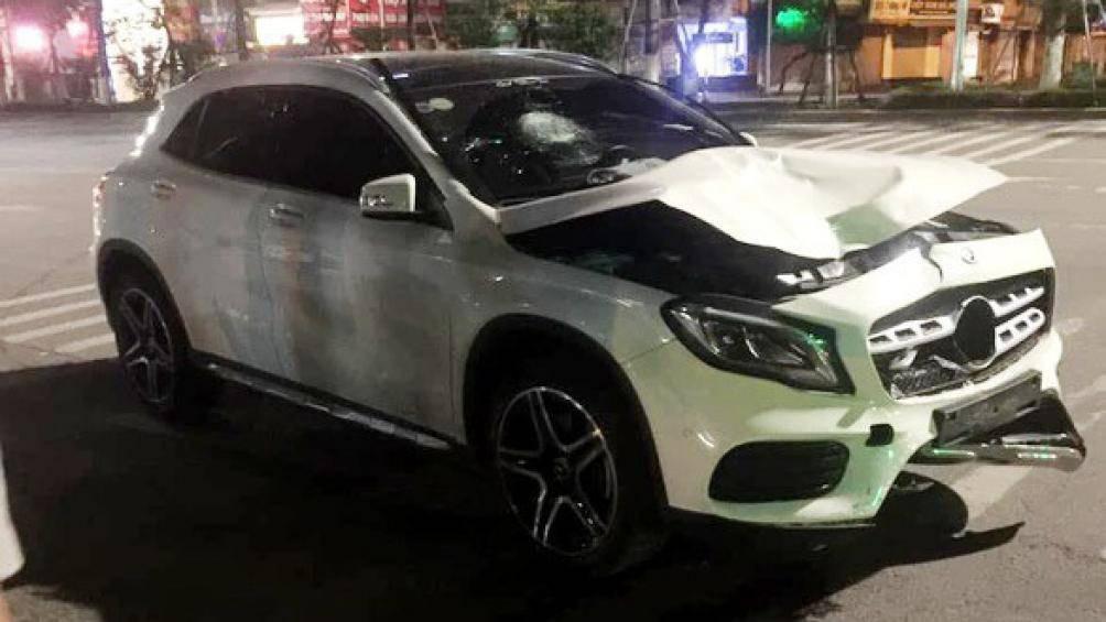 Vì sao xe Mercedes-Benz liên tiếp gây tai nạn liên hoàn, khó hiểu? - Ảnh 2.