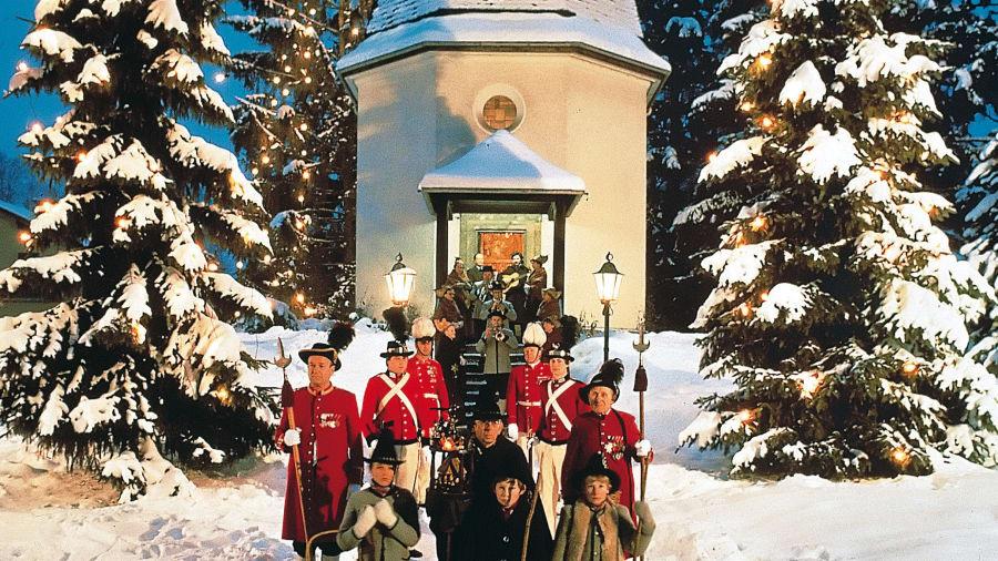10 thành phố đẹp nhất vào mùa đông cho khách du lịch - Ảnh 2.