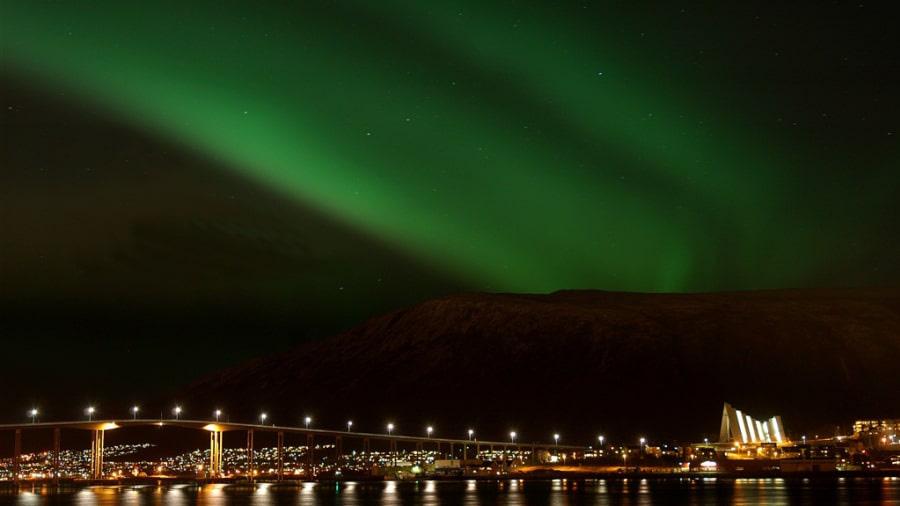 10 thành phố đẹp nhất vào mùa đông cho khách du lịch - Ảnh 3.