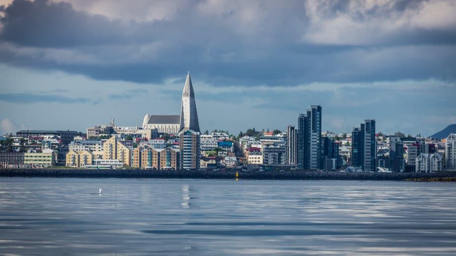 10 thành phố đẹp nhất vào mùa đông cho khách du lịch - Ảnh 6.