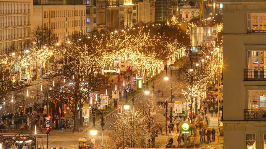 10 thành phố đẹp nhất vào mùa đông cho khách du lịch - Ảnh 7.