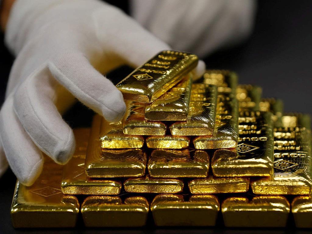 Mang nhiều tiền, vàng và các qui định xuất nhập cảnh ở sân bay - Ảnh 4.