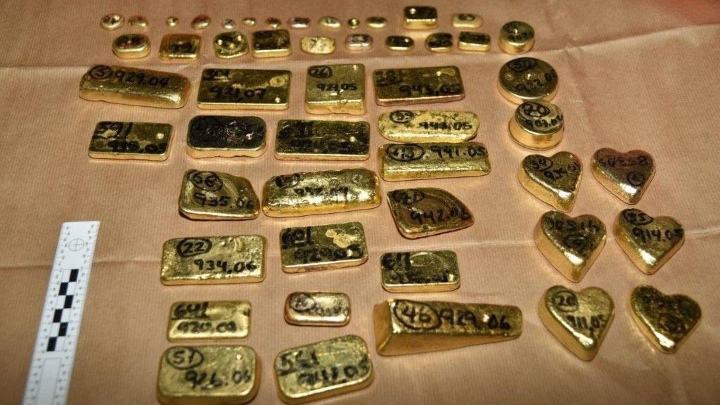 Mang nhiều tiền, vàng và các qui định xuất nhập cảnh ở sân bay - Ảnh 5.