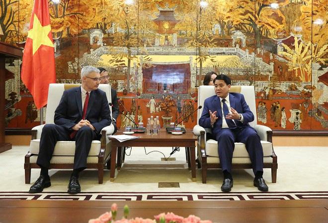 Pháp cam kết đồng hành với Hà Nội giảm thiểu ô nhiễm không khí - Ảnh 1.