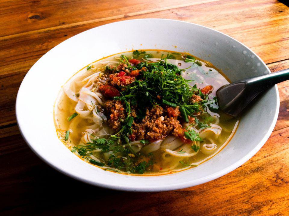 8 món ăn đặc trưng nên thử khi du lịch Lào | Việt Nam Mới