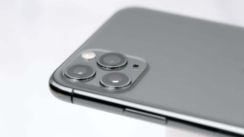 Bo-3-iPhone-11-co-phai-la-thiet-bi-manh-nhat-cua-Apple 1