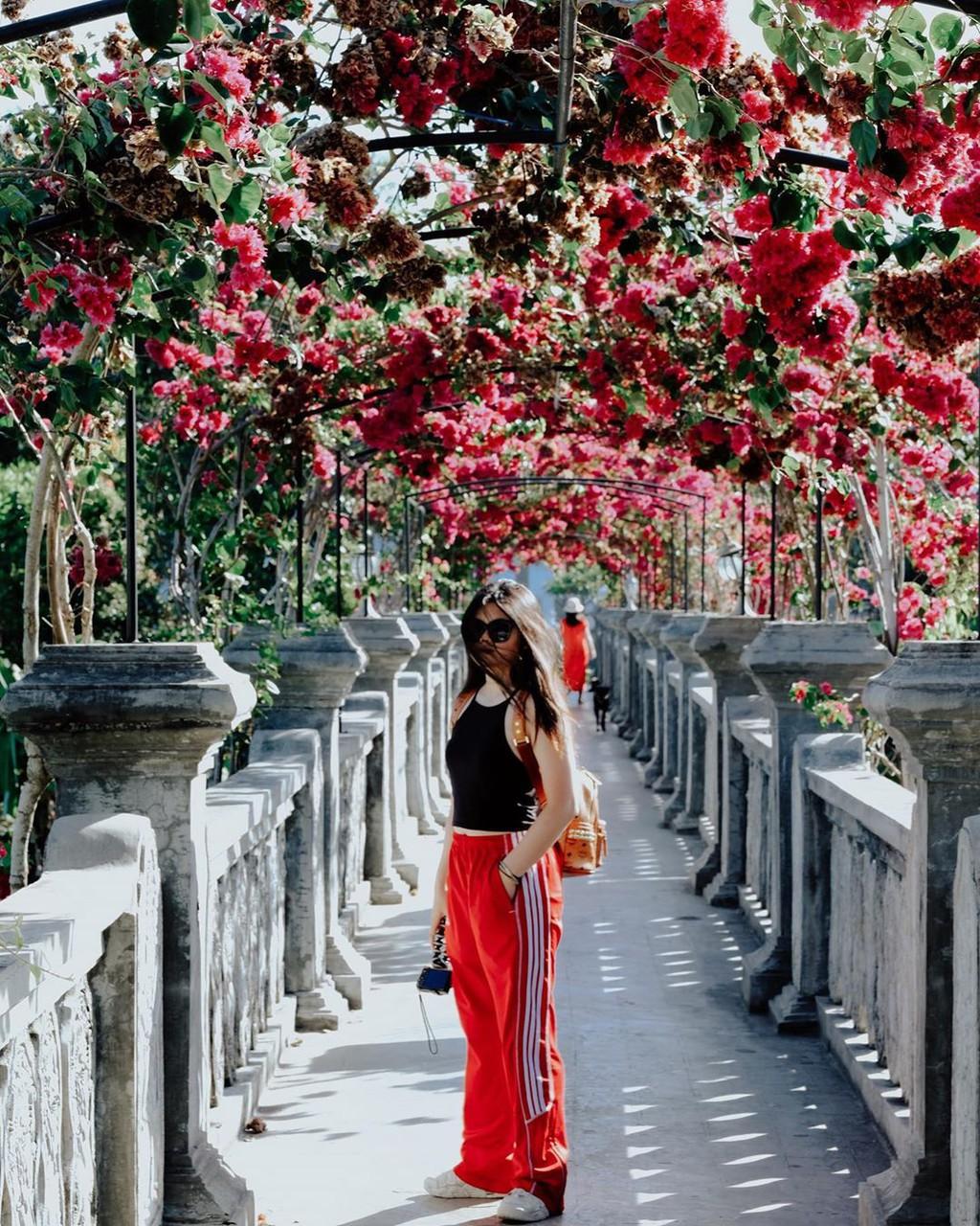 Cung dien tai Bali thu hut cac tin do du lich hinh anh 2