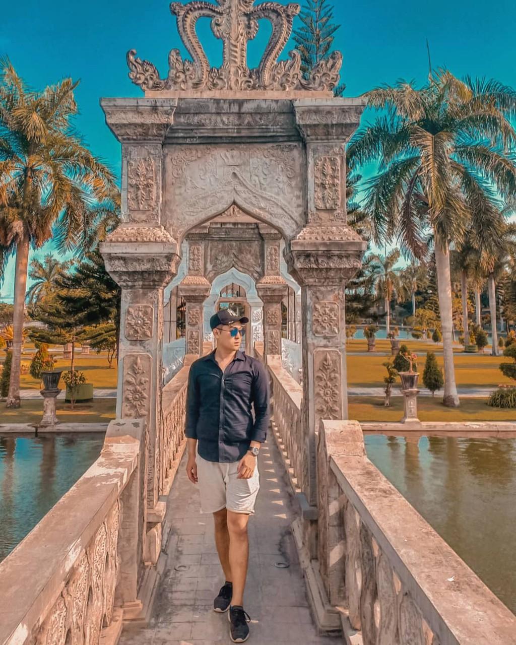 Cung dien tai Bali thu hut cac tin do du lich hinh anh 4