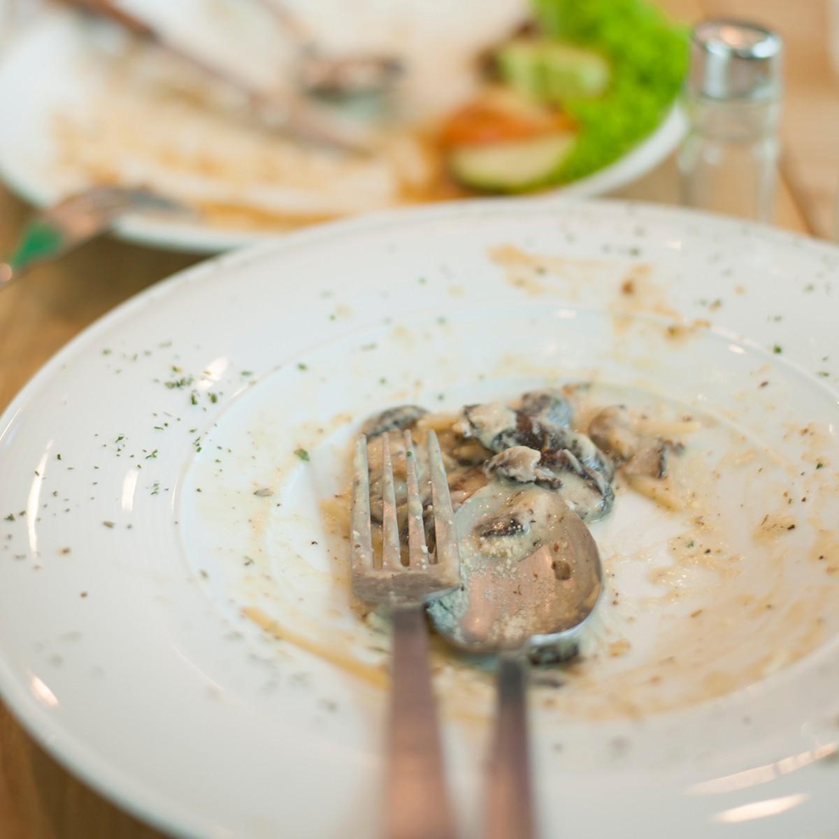 7 sai lầm thường mắc khi ăn bít tết ở nơi sang trọng - Ảnh 2.
