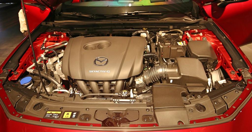Mazda3-2020-11