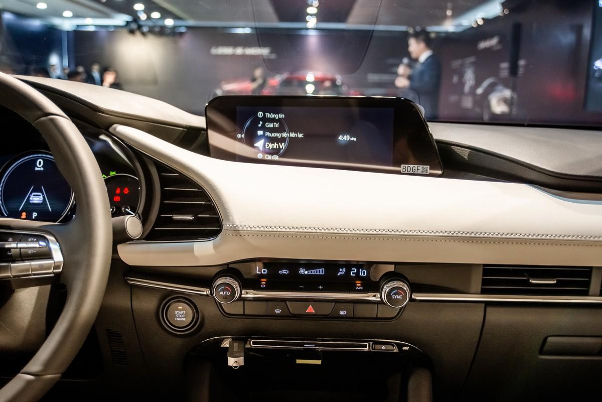 Mazda3-8-7151-1572861101-7374-1572861320_1200x0