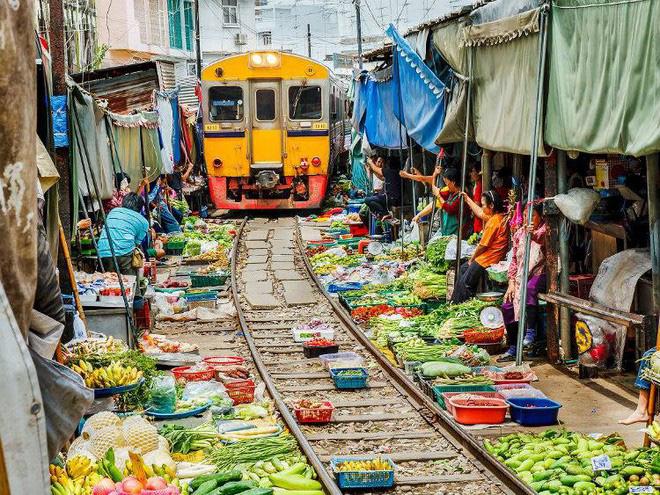 10 khu chợ đặc biệt nhất thế giới - Ảnh 1.