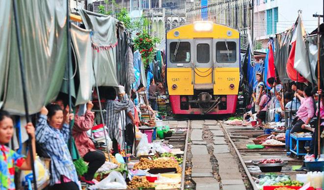 10 khu chợ đặc biệt nhất thế giới - Ảnh 2.