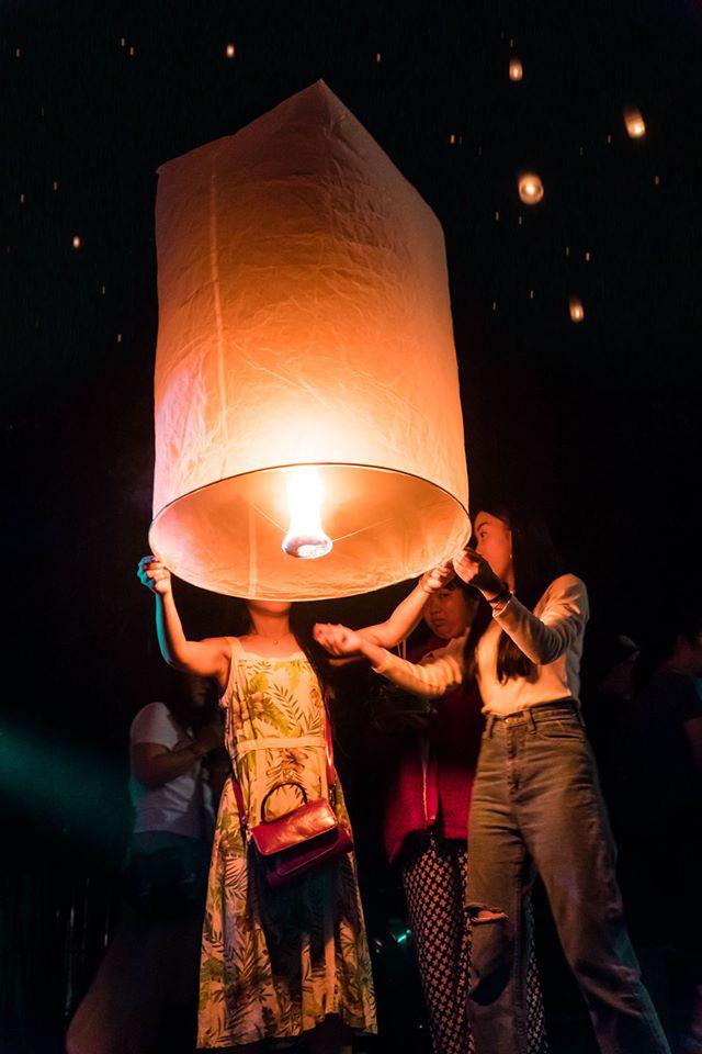 le hoi tha den troi tai Chiang Mai (13)