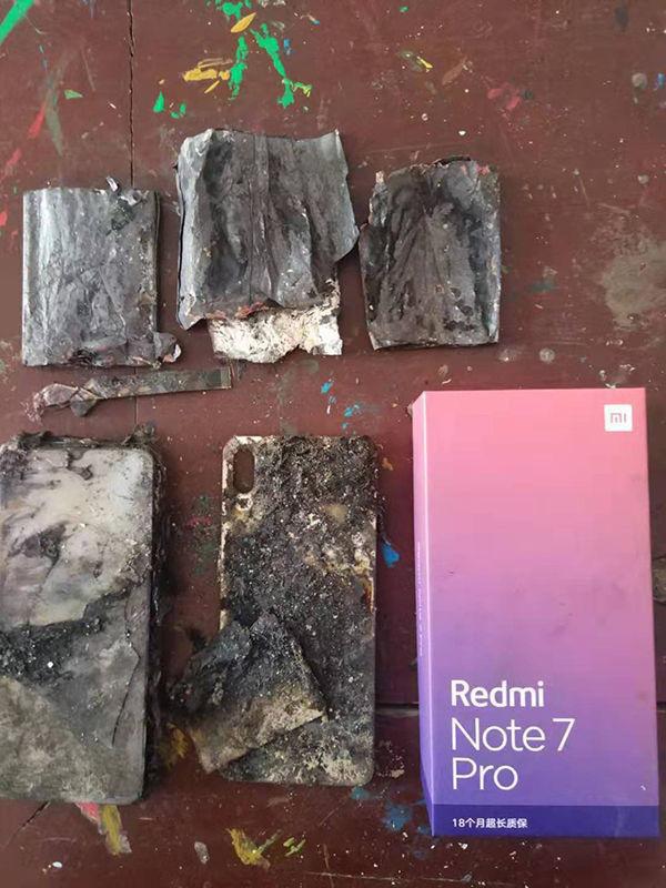 Điện thoại Xiaomi lại phát nổ - Ảnh 1.