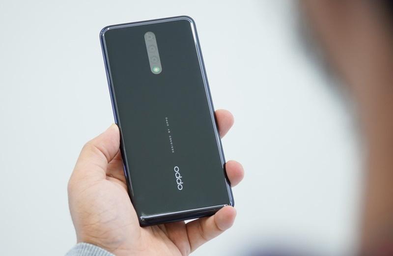 oppo-vuot-mat-Samsung-iPhone-3